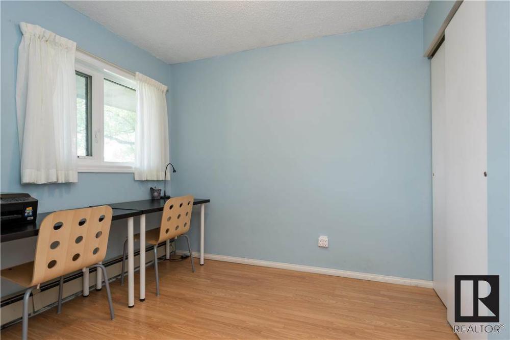 40 Dalhousie DR, Winnipeg, Manitoba, R3T2Y7 — Point2 Homes