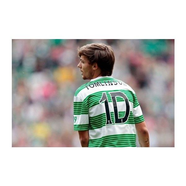 One Direction's Louis Tomlinson Injured in Soccer Match WDW Daily News found on Polyvore featuring louis tomlinson, one direction, 1d, louis and celebs
