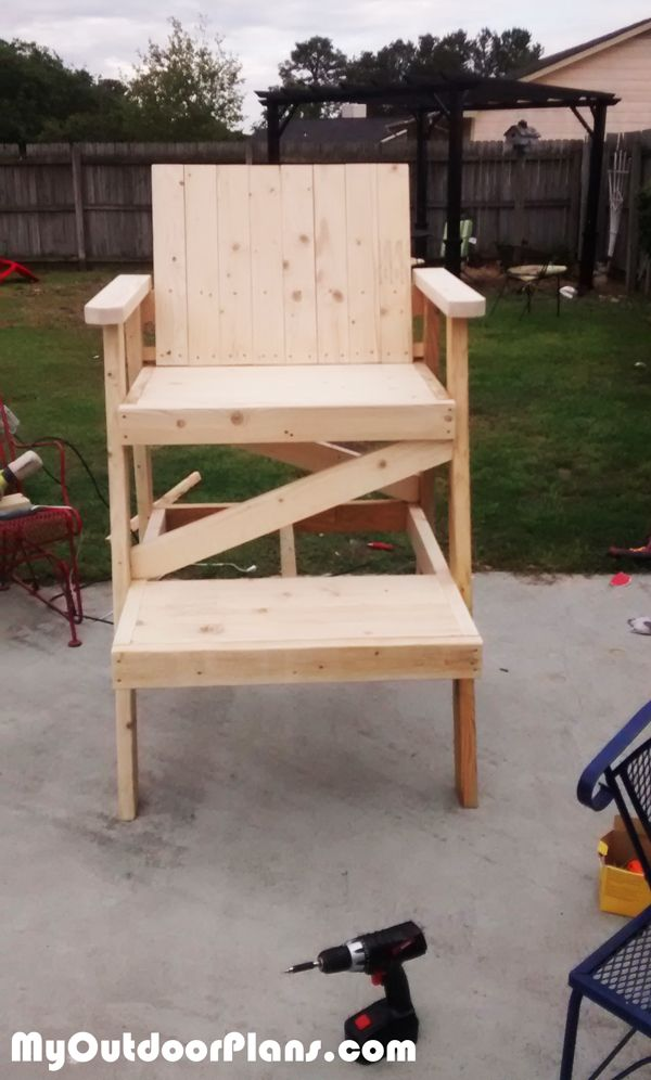 DIY Lifeguard Chair | MyOutdoorPlans | Free Woodworking Plans and Projects DIY Shed Wooden & DIY Lifeguard Chair | MyOutdoorPlans | Free Woodworking Plans and ...