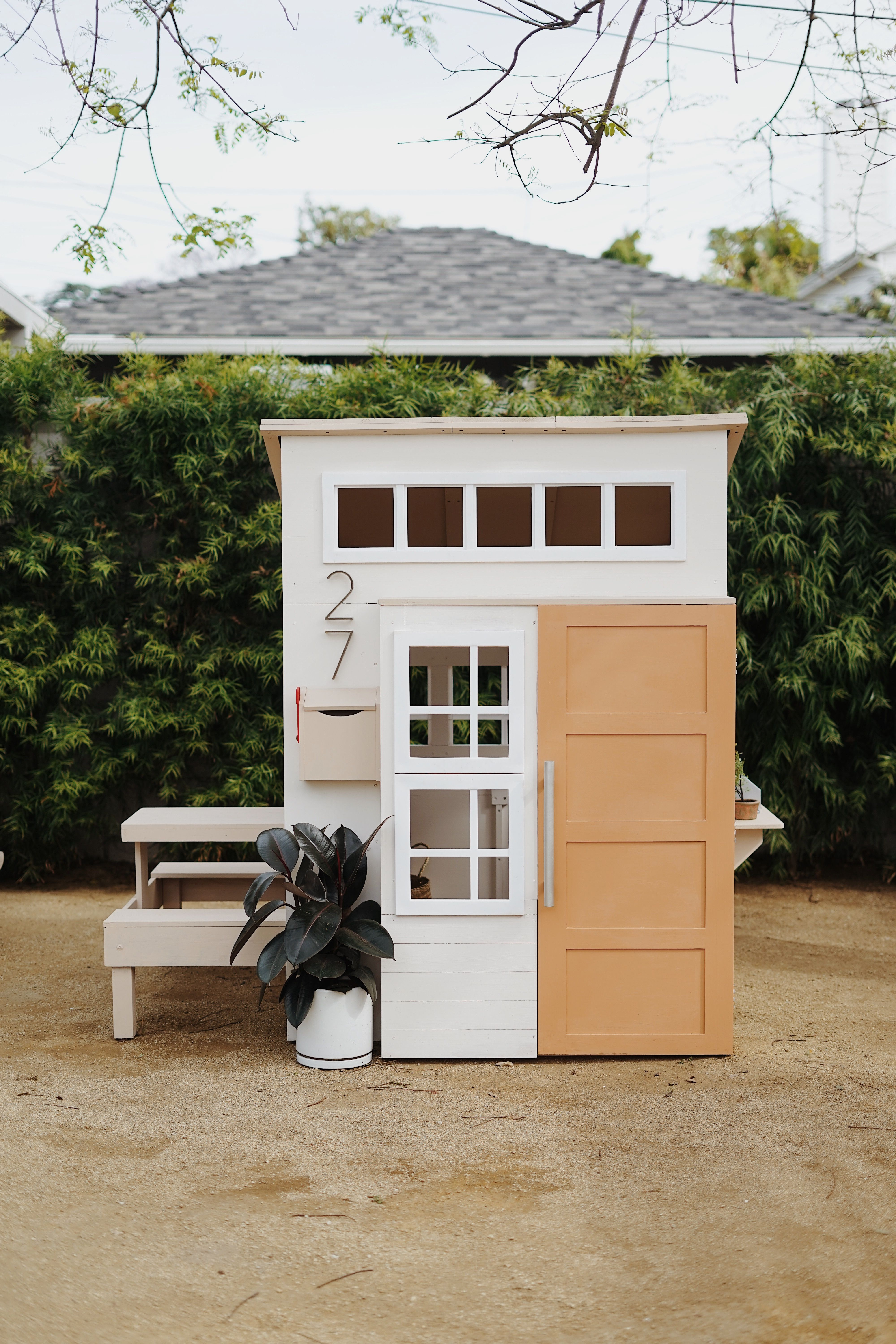playhouse child friendly interior surfaces | a modern outdoor kids playhouse makeover | Playhouse ...