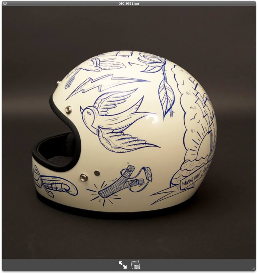 Casque Helmet Biltwell Design Bruno Allard Pour Gentlemen S Factory Photo Laurent Scavone P Motorcycle Helmet Design Vintage Helmet Helmet Paint