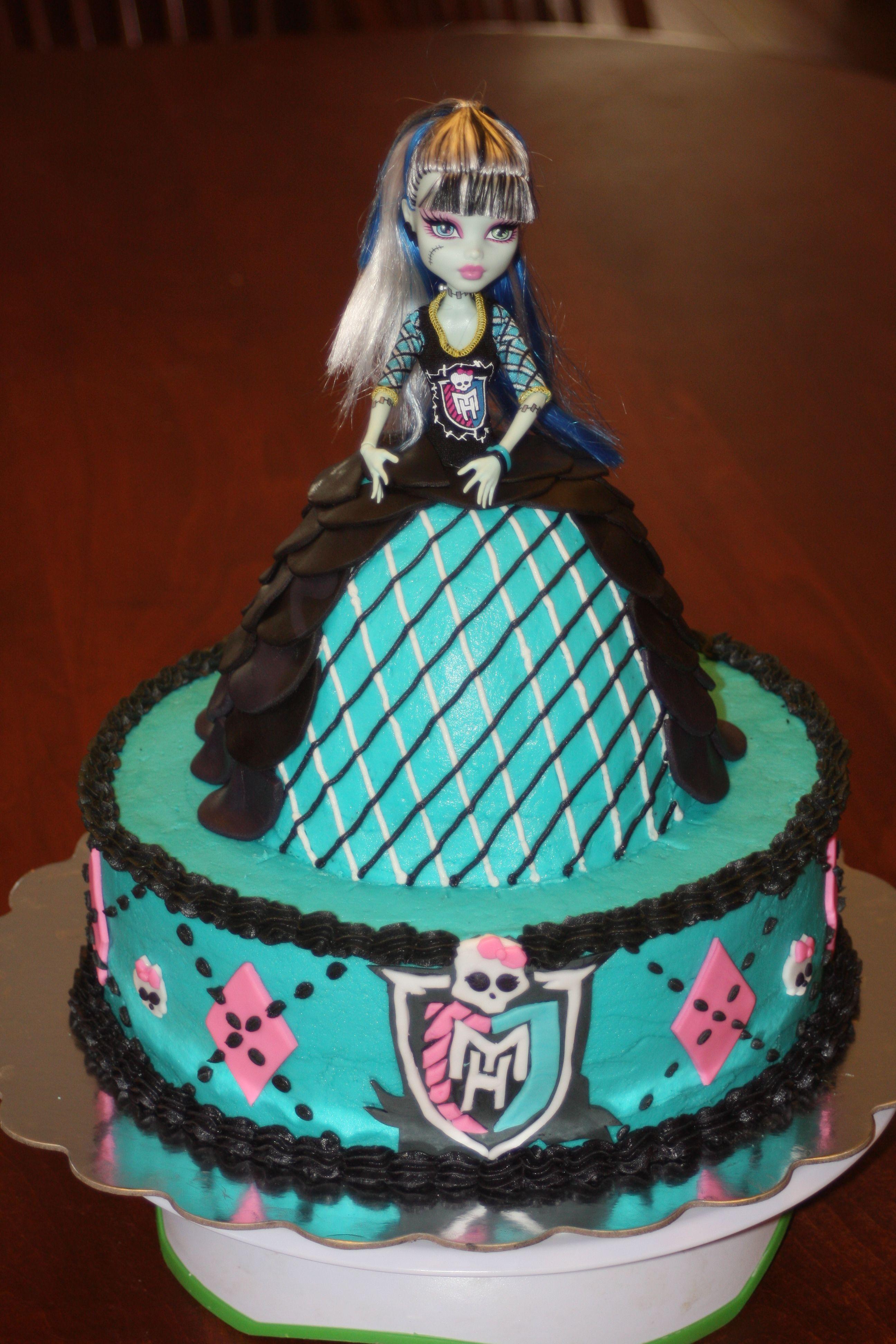 Outstanding Monster High Doll Cake Monster High Birthday Cake Monster High Personalised Birthday Cards Sponlily Jamesorg