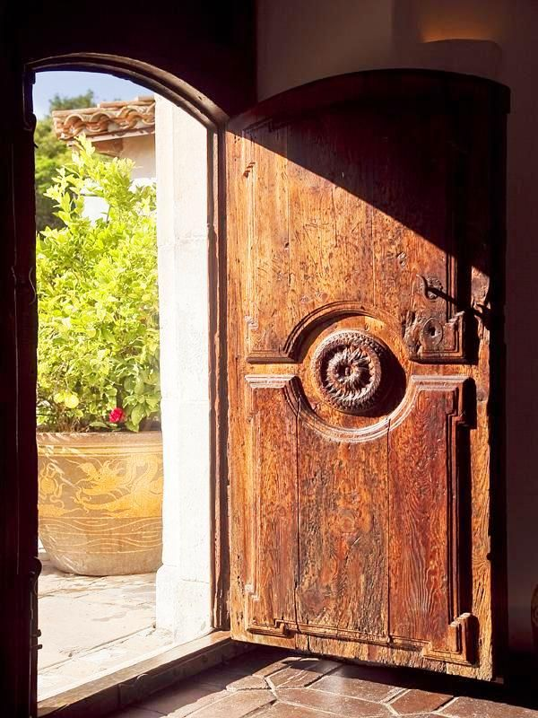 Rustic front doors look so dreamy. Rustic front doors look so dreamy. & SEE THIS HOUSE: A $29 MILLION MONTECITO MEDITERRANEAN MANSE | Doors ...