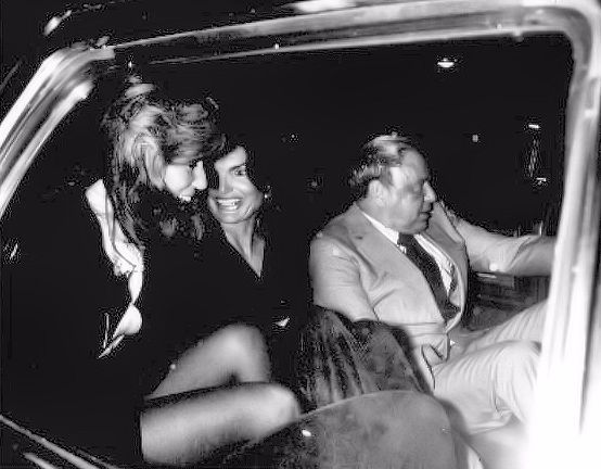During their night out on the town in 1977, Jackie Onassis and Sinatra were joined by Jane Fonda who crammed into the car with them.