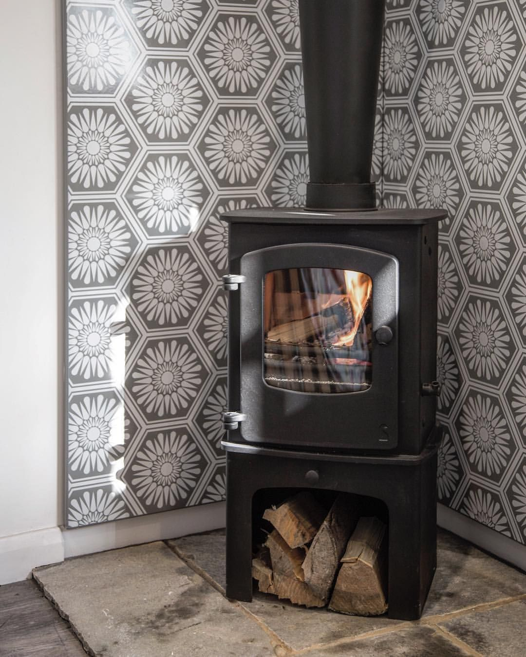 Vlaze Wall Mounted Heat Shield Set Designed To Protect The Wall Behind This Charnwoodstoves Cove 1 The Wood Stove Wall Corner Wood Stove Wood Stove Surround