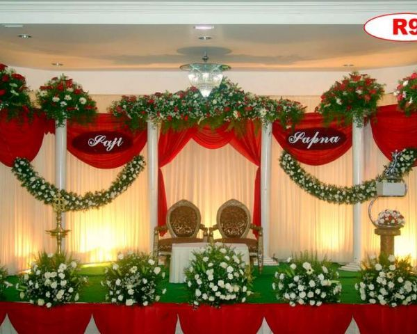 Red wedding stage in kerala decoration fr wedding pinterest red wedding stage in kerala junglespirit Choice Image