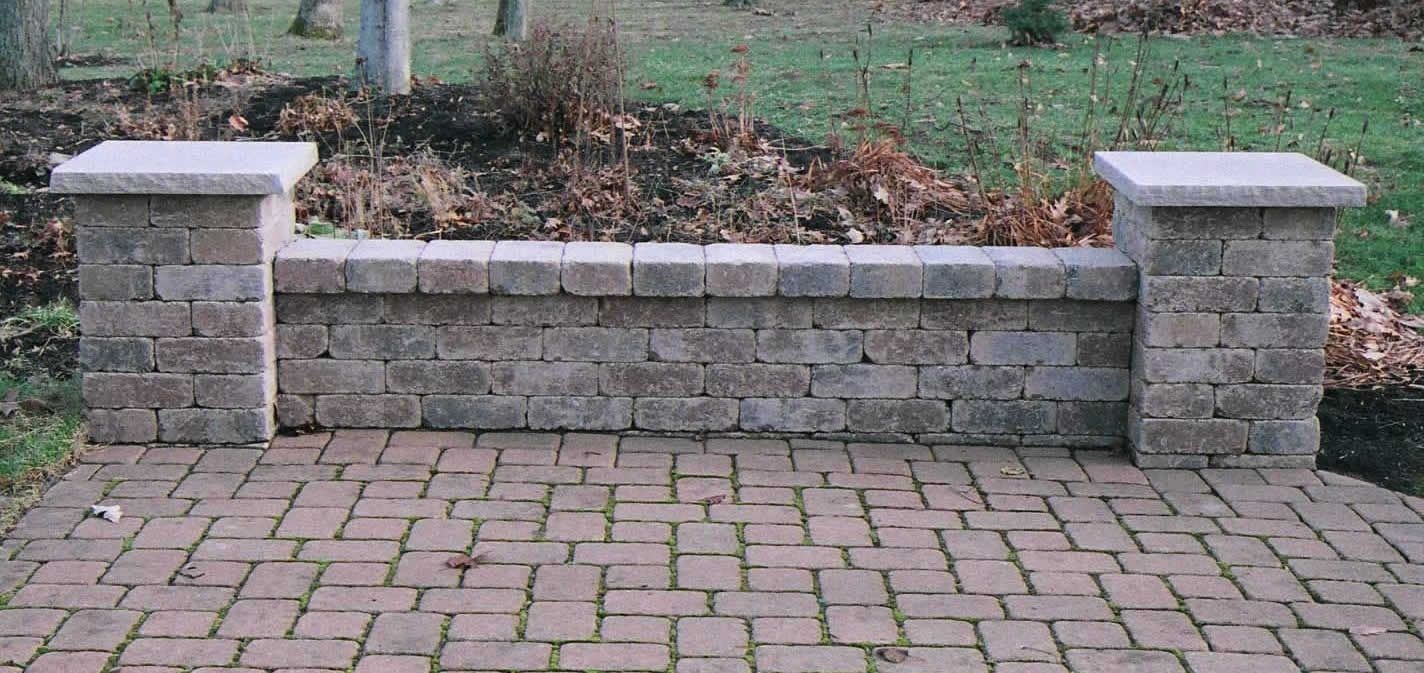 Brick seating wall design fences gates and garden walls for Designs for brick garden walls