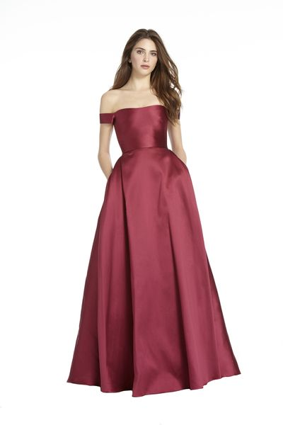 6eed3283fa ML Monique Lhuillier - Holiday 2017  445131
