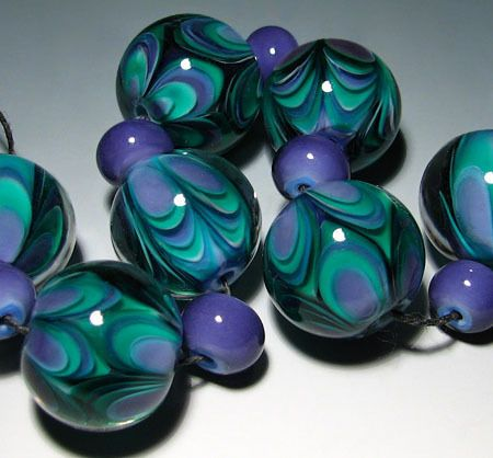 LOVE the colors in these lampwork beads!