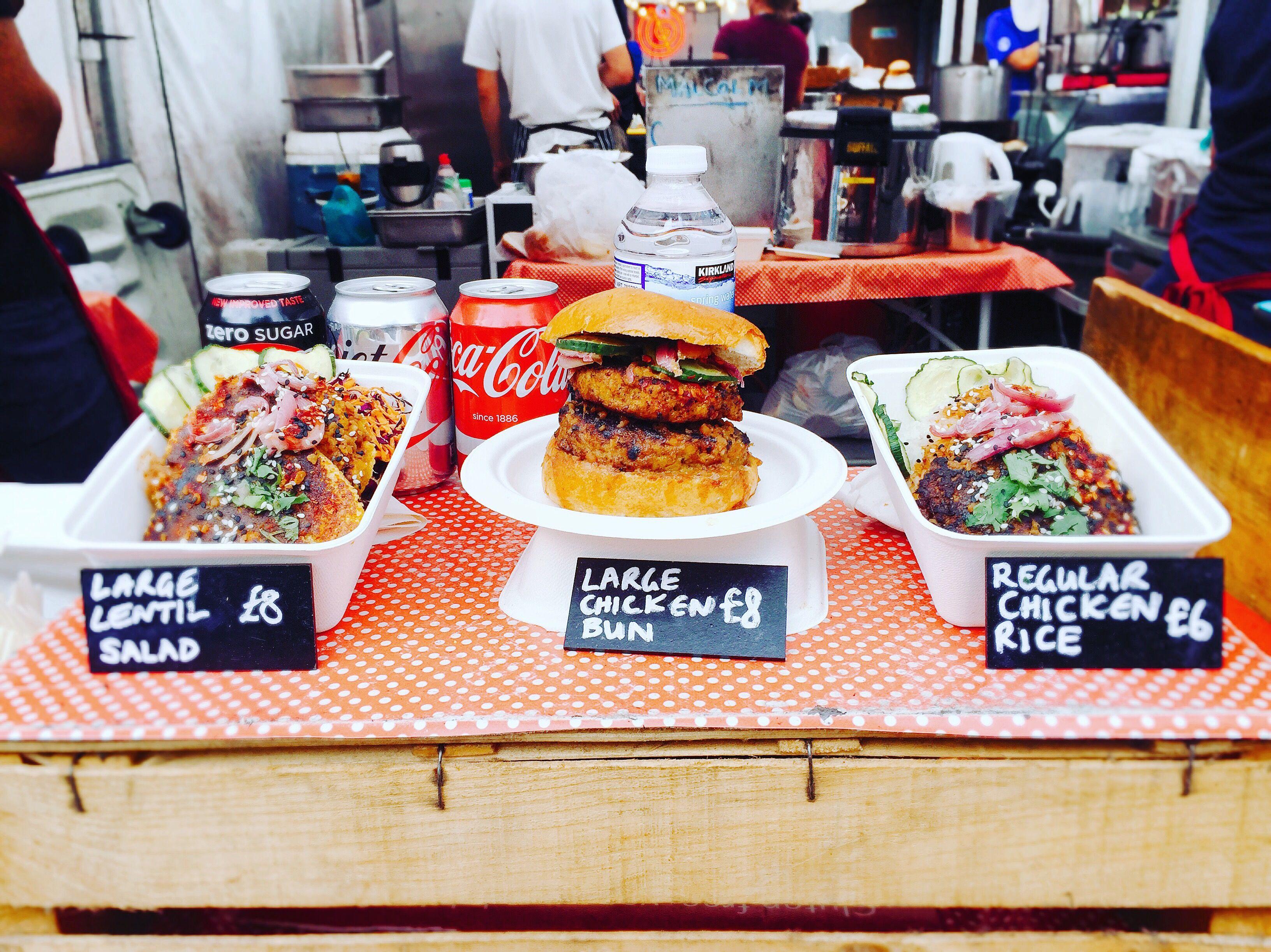 Award Winning Chicken Satay Burger From Sambal Shiok Et Food Voyage London Food Restaurants Food Street Food