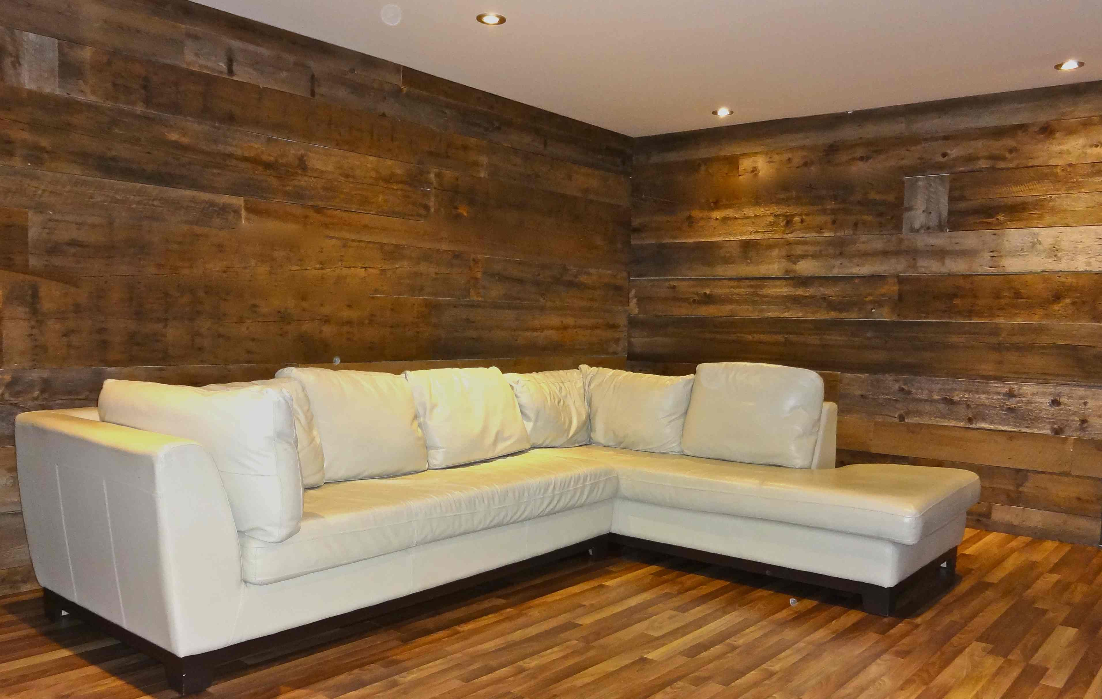 Pin by danielle pelletier on reclaimed wood wall pinterest for Revetement sol salle de bain sur plancher bois