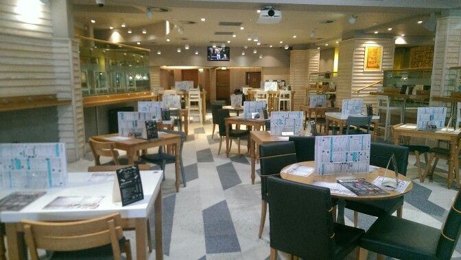Indoor seating area at The Cribbar, Newquay