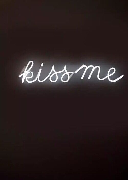 Kiss Me Led Sign Led Signs Hue Philips Neon Signs
