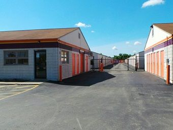 Fort Wayne Indiana United States Self Storage Self Storage Units Selling Real Estate