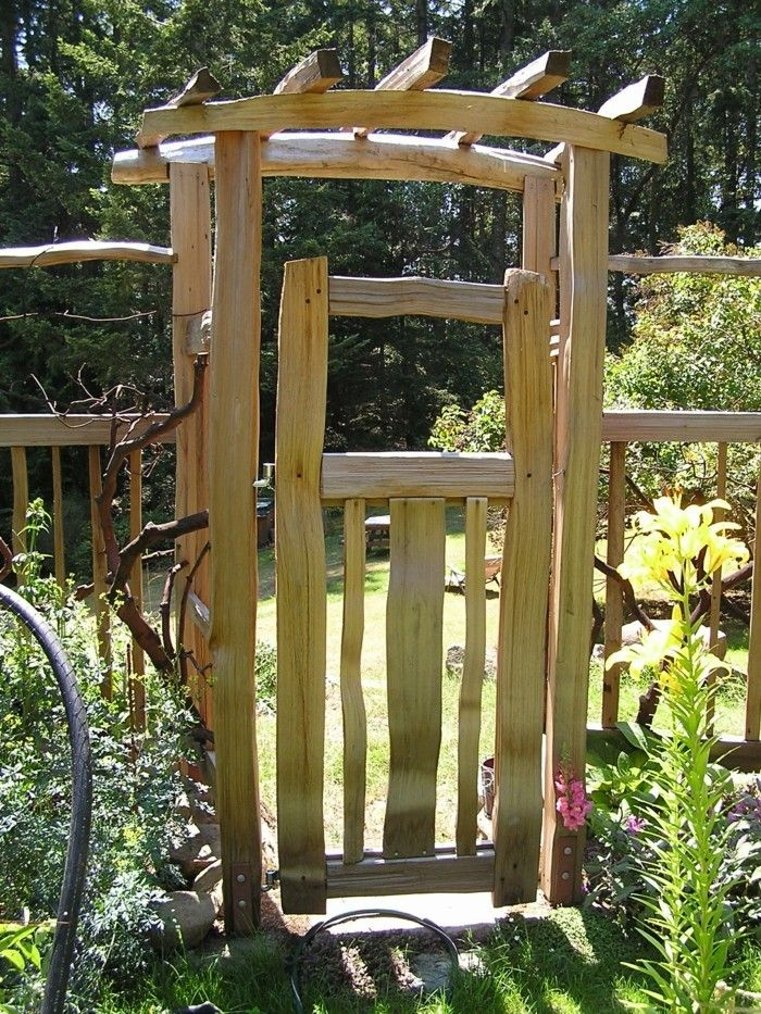 Gartentor selber bauen - 40 super Beispiele! - Archzinenet Garden