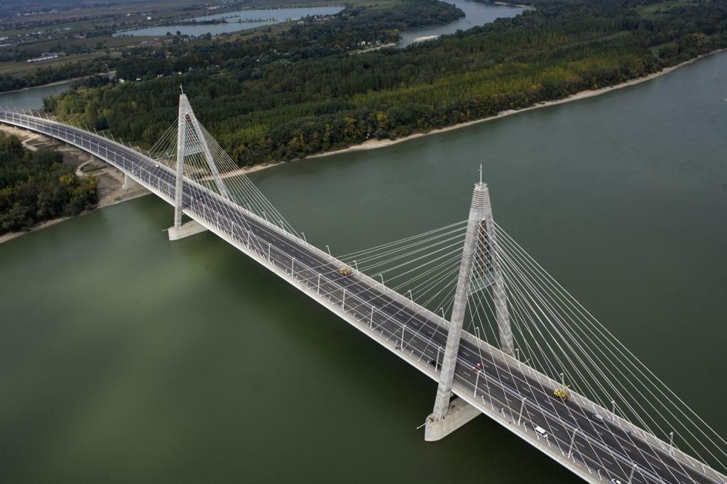 Budapest, Megyeri Bridge