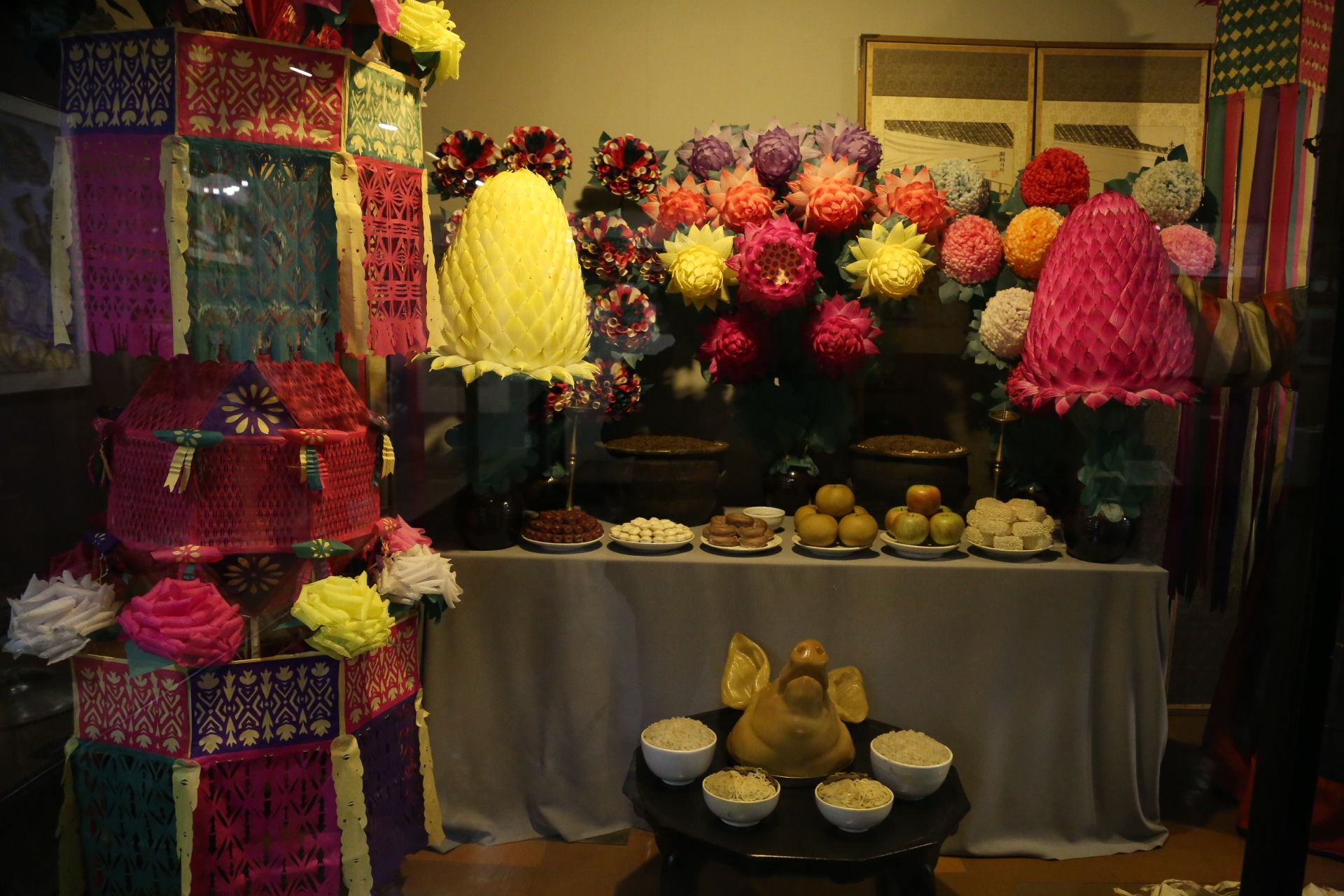 온양민속박물관Onyang Korean Folk Museum 굿 지난 주말 사상체질의학회 이사회를 다녀오며 들긴곳입니다...좋은 내용이 많이 있더군요...한번 방문해보세요^^ 온양민속박물관소개  http://aboutchun.com/718  English HP http://www.iwooridul.com/english 日本語HP http://www.iwooridul.com/japan 中國語 HP http://www.iwooridul.com/chinese  우리들한의원 무료앱 다운법 사상체질진단가능 free app. sasang diagnosis program. http://www.iwooridul.com/app-update