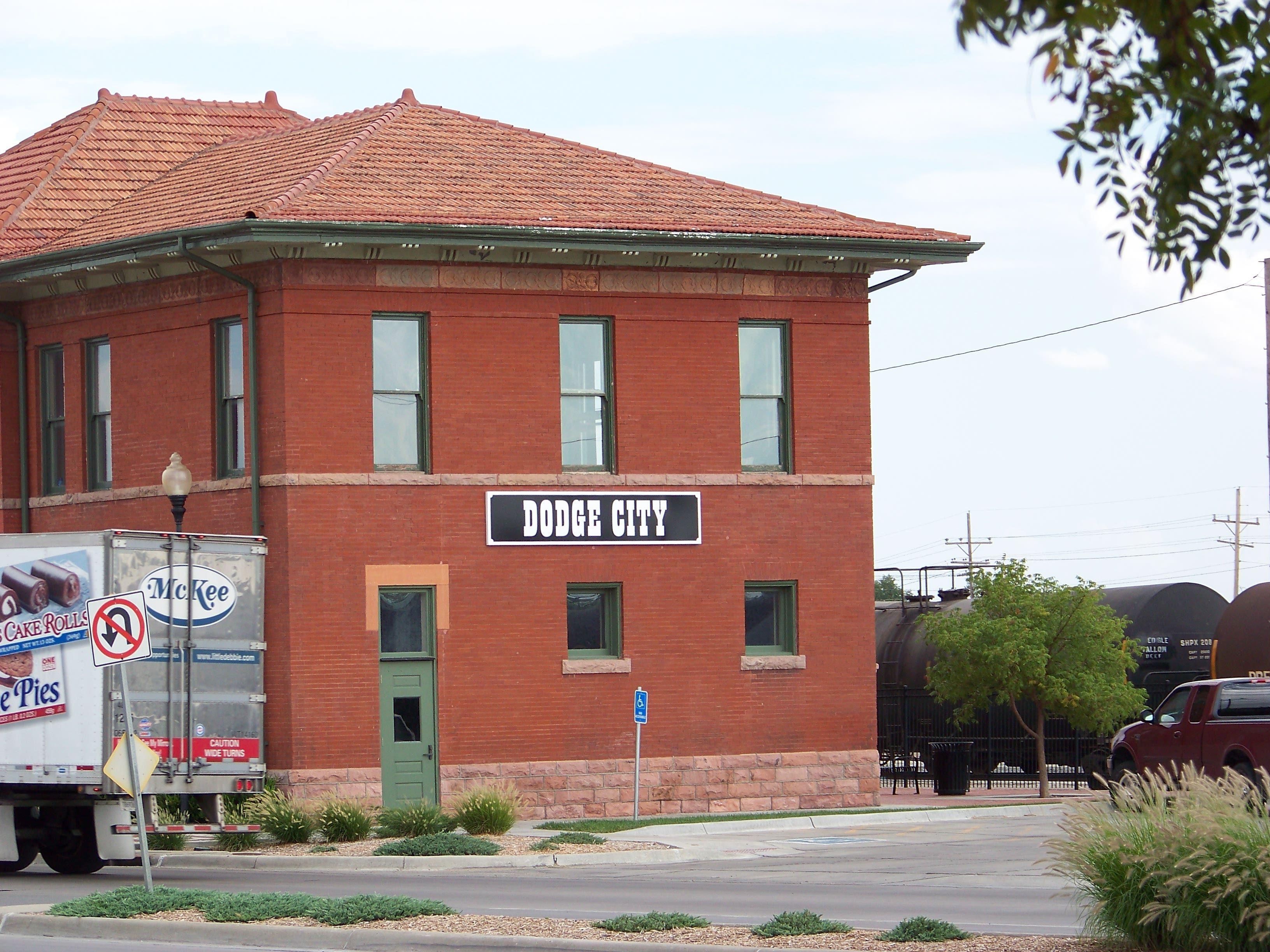 Dodge City Ks Train Depot Www Visitdodgecity Org With Images