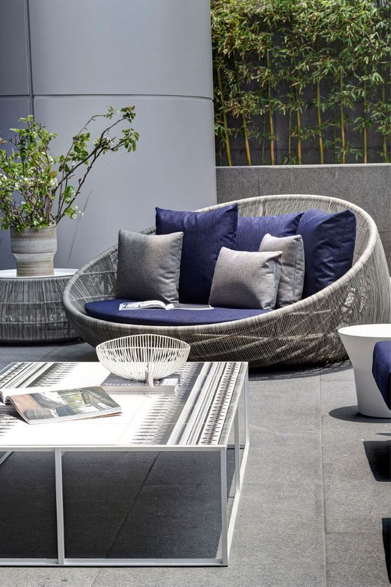 Grey Wicker Love Seat With Navy Cushions Look Great Together Modern Outdoor Patio Modern Outdoor Furniture Outdoor Patio Furniture Sets