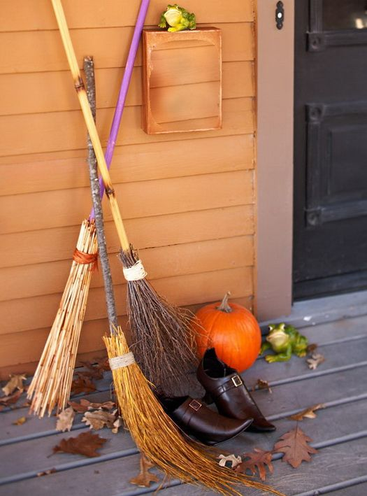 witches brooms Fall/winter holidays Pinterest Outdoor - ideas halloween decorations