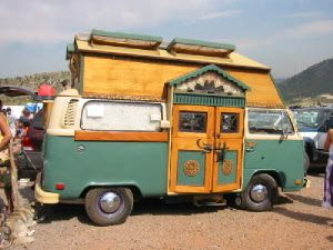 Google Image Result for http://www.hotwiredbitch.com/images/December2005/HippieBus_dontlink.jpg