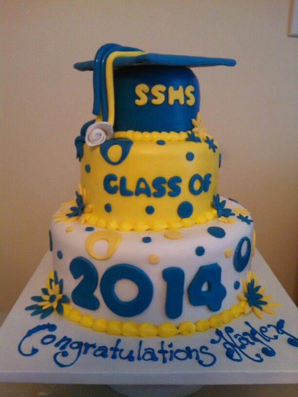 3 Tier Graduation Cake With Cap With Images Cake Graduation