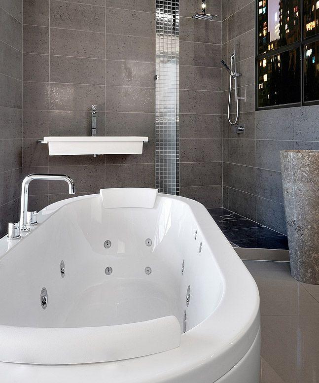 Decina Mintori freestanding spa   Reno tips bathroom kitchen ...