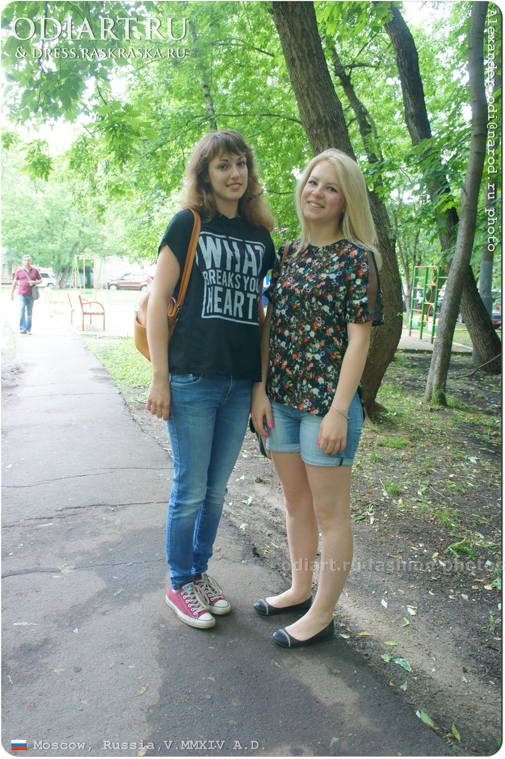 Beauty Russian Girls Street Summer Fashion In Moscow Jeans And Mini Shorts Alexander Odigif