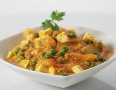 recipe: aloo matar paneer (simmered potatoes with peas and paneer) [4]