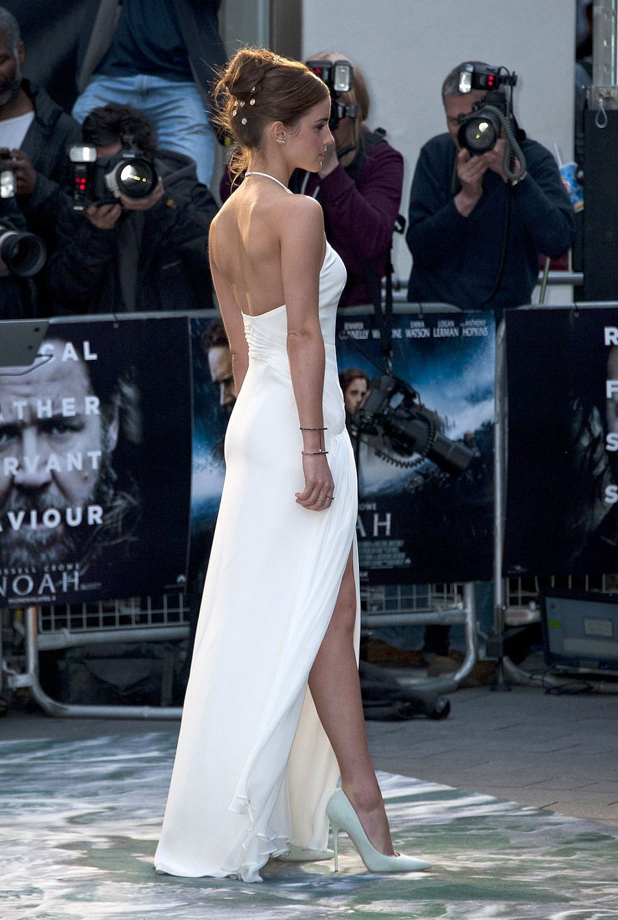 White dress emma watson - Emma Watson White Dress Hot Body Noah Premiere Sweet Baby Jesus Dat Profile Imgur