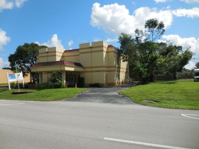 Church For Sale In Orlando Fl 2040 Santa Barbara Blvd Naples Fl