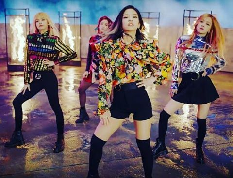 #blackpink #playingwithfire I'm in love with this song