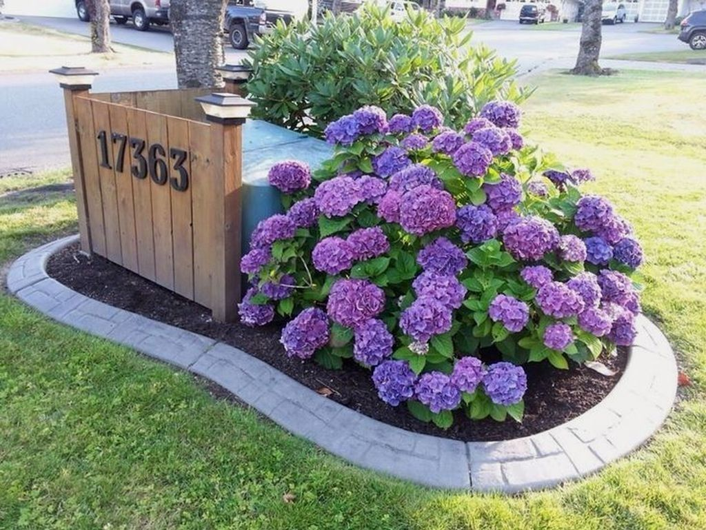 20+ Popular Front Yard Landscaping Ideas With Porch
