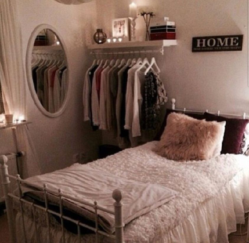 33 Small Bedroom Ideas For Adults Rengusuk Com Apartment Bedroom Decor Urban Outfitters Room Small Bedroom