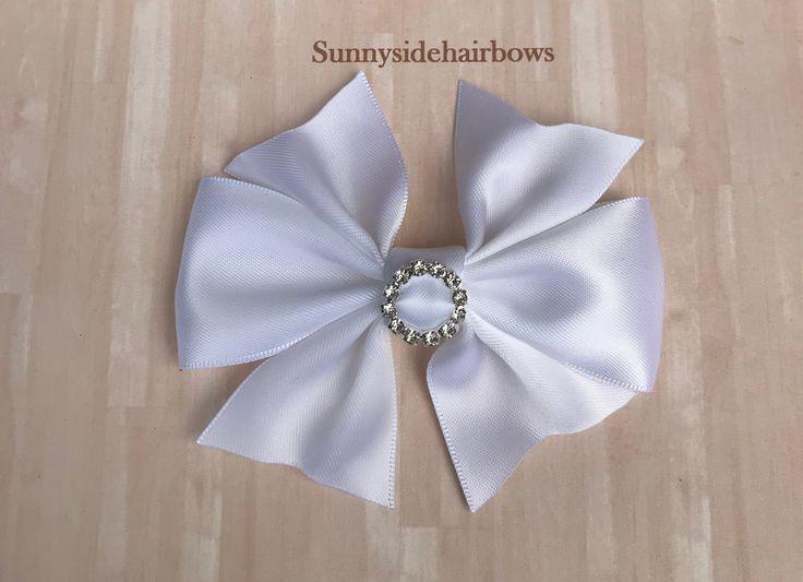 White Boutique hairbow, White Hair Bow Clip, Boutique bow, Large White hair bows, Girls big White bo