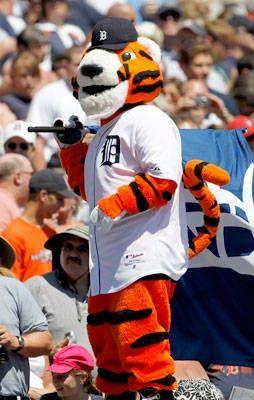 Paws, Detroit Tigers mascots-mlb