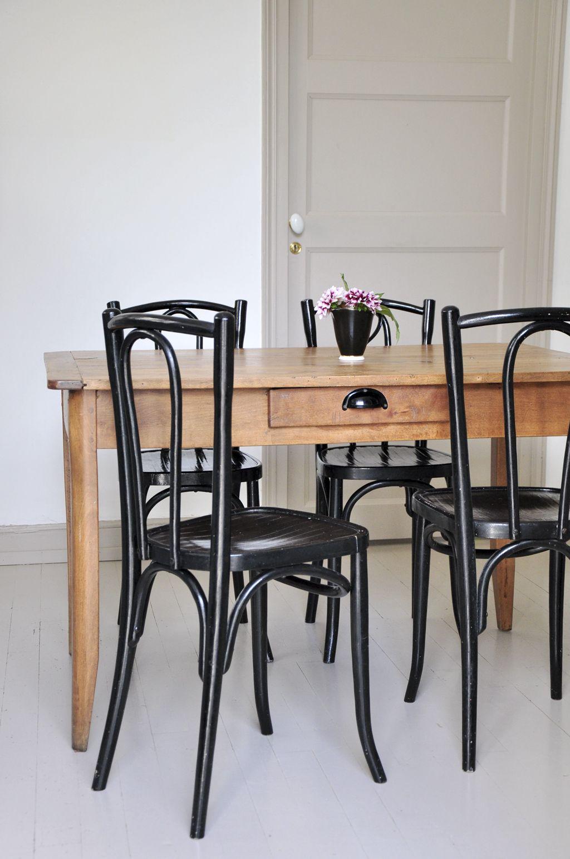Table et chaise bistrot elegant interesting chaises de for Table cuisine bistrot