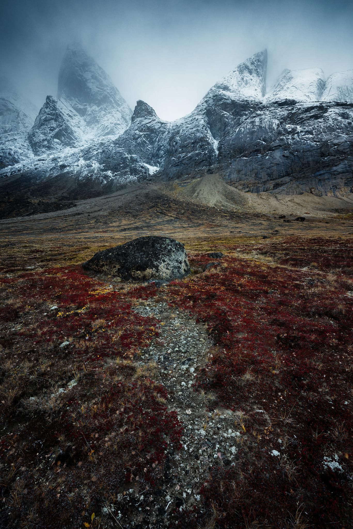 Two Insane Peaks Dusting Of Snow In Arctic - Baffin Island Nu Ca Oc