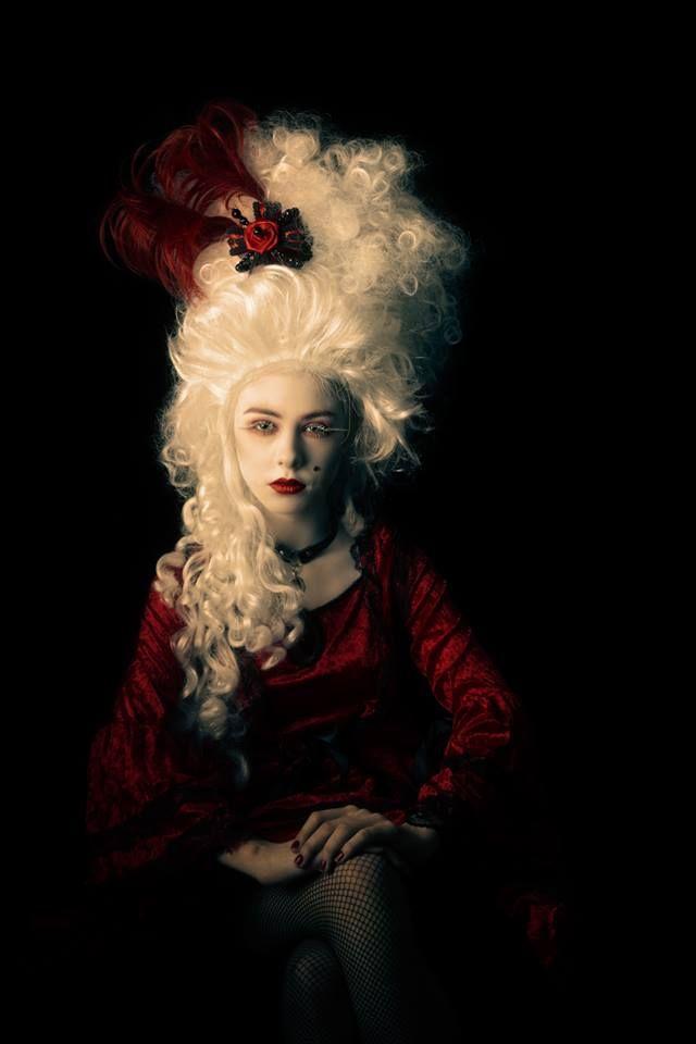 Coiffure baroque Baroque Baroque fashion, Rococo