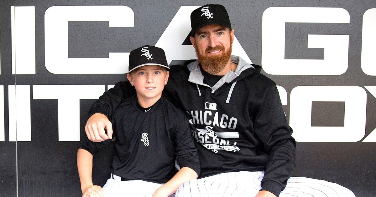 White Sox player Adam LaRoche, who retired after he was told to stop bringing his son to the clubhouse, finally opened up about his decision — see what he said!