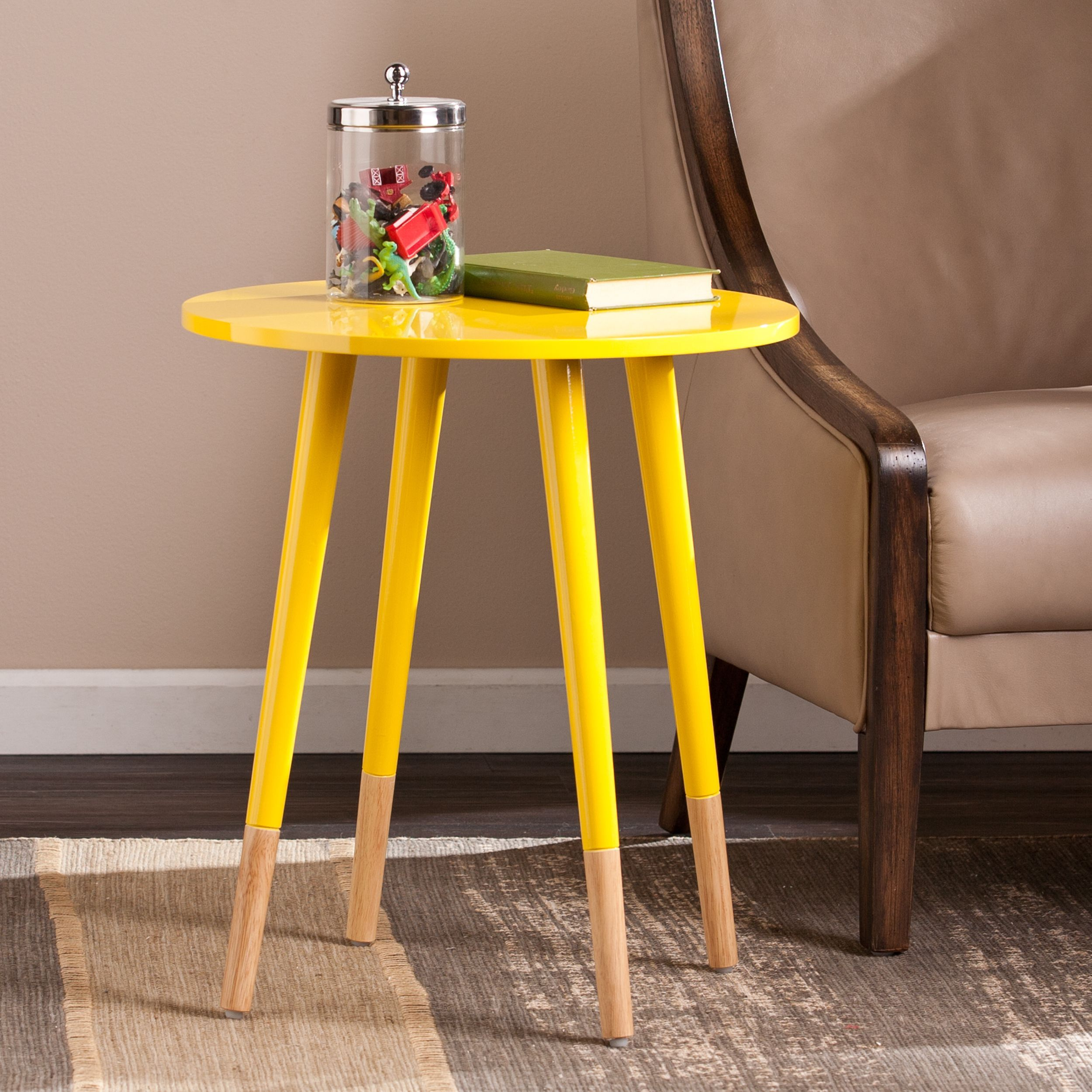 Harper Blvd Hinton Round Accent Table (OS6143CO), Yellow