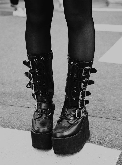 18 Cute Outfits To Put On With Platform Boots This Season Beauty Ideas