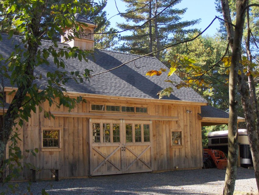 Stall Barn 24 X 36 Loft With 12 X 12 Opening And Custom Gate 4 X 4 Cupola And Two 12 X 24 Hipped Roof Overhangs Home Ideas Barn Roof Overhang G