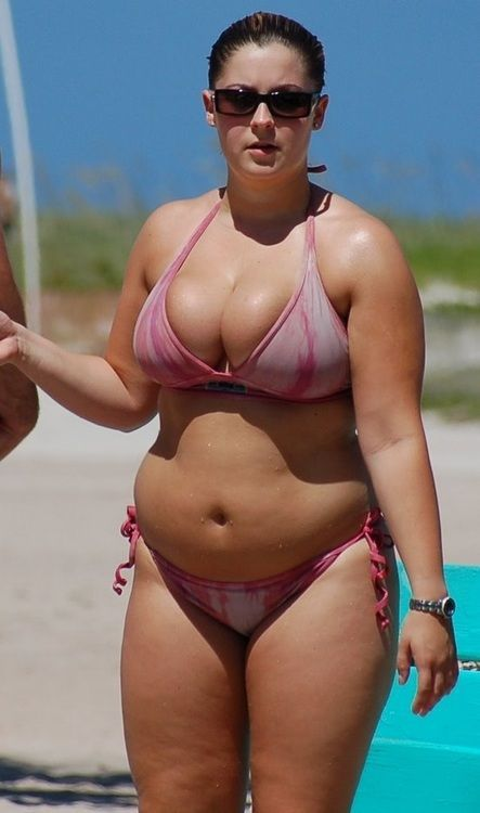 xxx hot string bikini plump girls