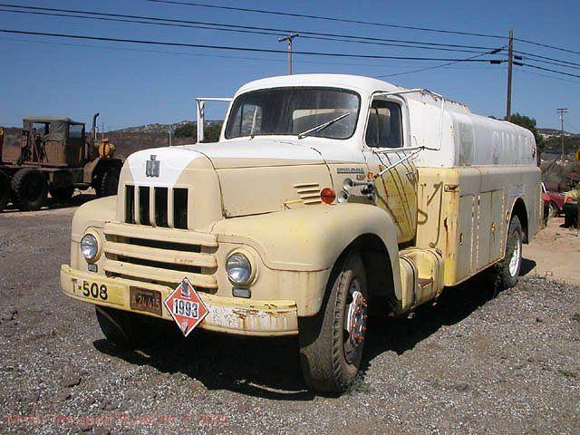 International Harvester KB-7 Tank Truck -  1936