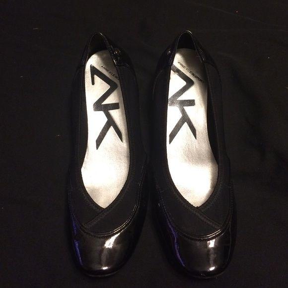 Anne Klein Sport brand new excellent condition Platform & Wedges Heels Black Stretch Anne Klein Shoes