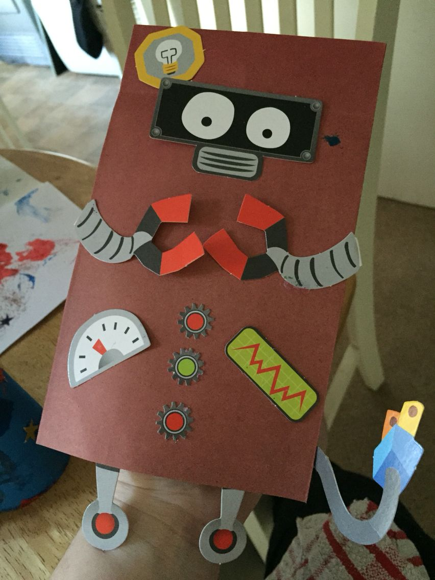 This is Robbie the robot again made to match our space theme at nursery ⭐️