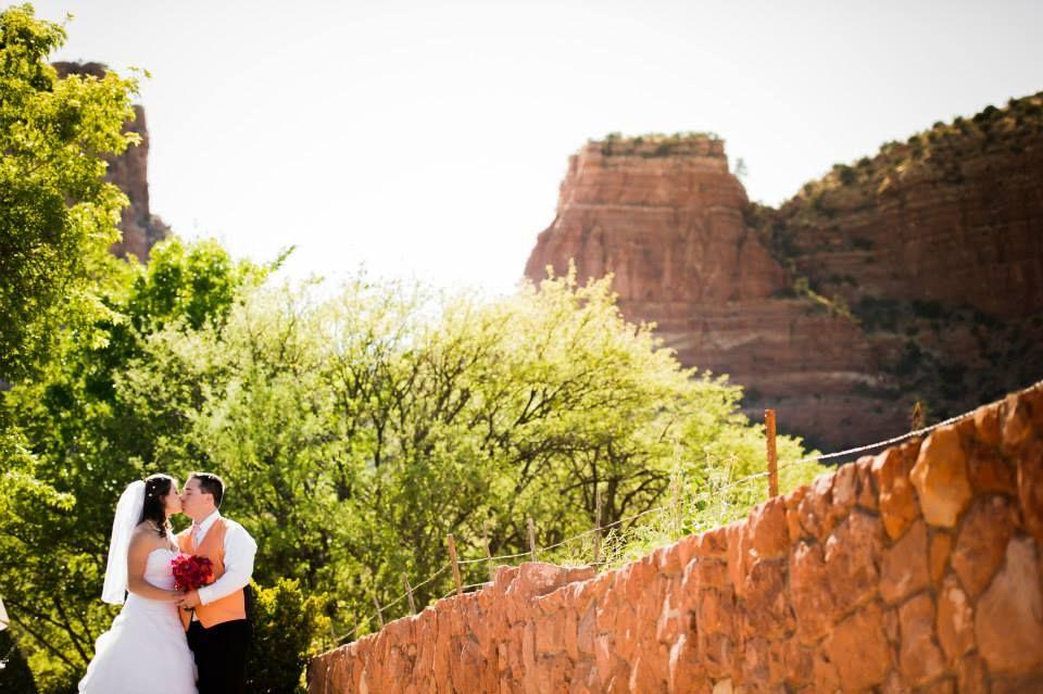 Kelly & Drew's Intimate Red Rock Vegan Wedding