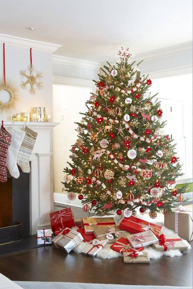 Sapin noel rouge blanc christmas pinterest sapin for Decoration sapin de noel rouge et blanc