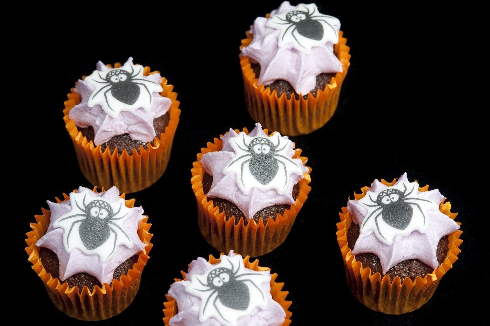 cute halloween decorations  cute halloween mini cakes - Homemade Halloween Decorations Pinterest